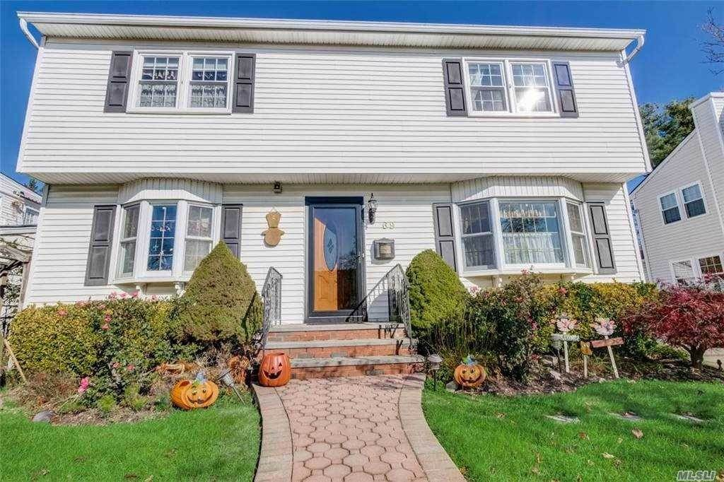 Residential for Sale at 69 Hillvale Road, Albertson, NY 11507 Albertson, New York 11507 United States