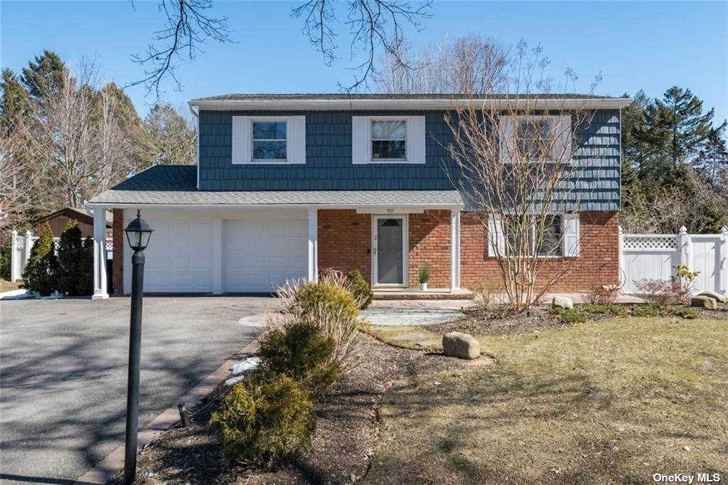 Residential for Sale at 47 Kirkland Drive Greenlawn, New York 11740 United States