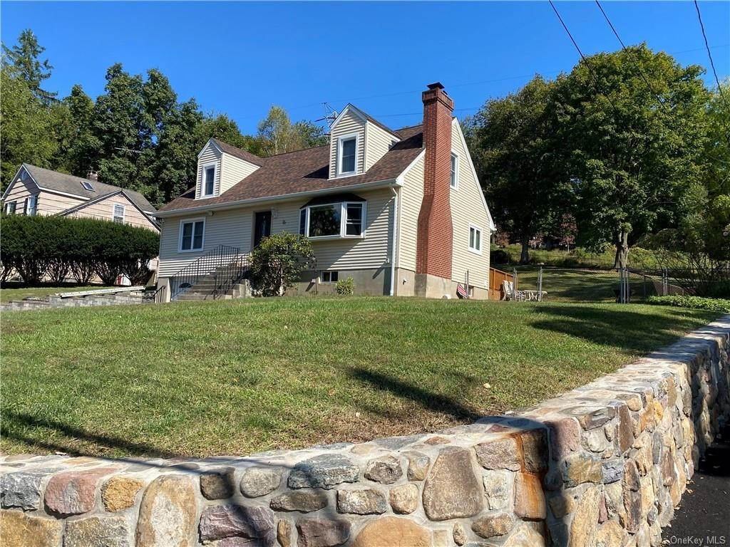 Residential for Sale at 16 Cricketown Road Stony Point, New York 10980 United States