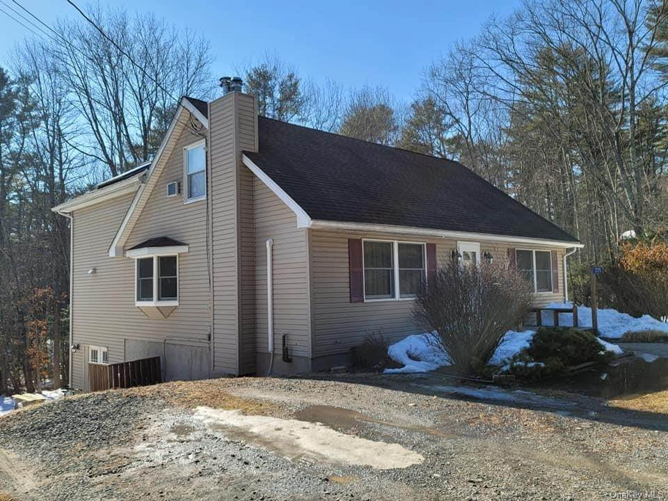Residential for Sale at 225 Mail Road Barryville, New York 12719 United States