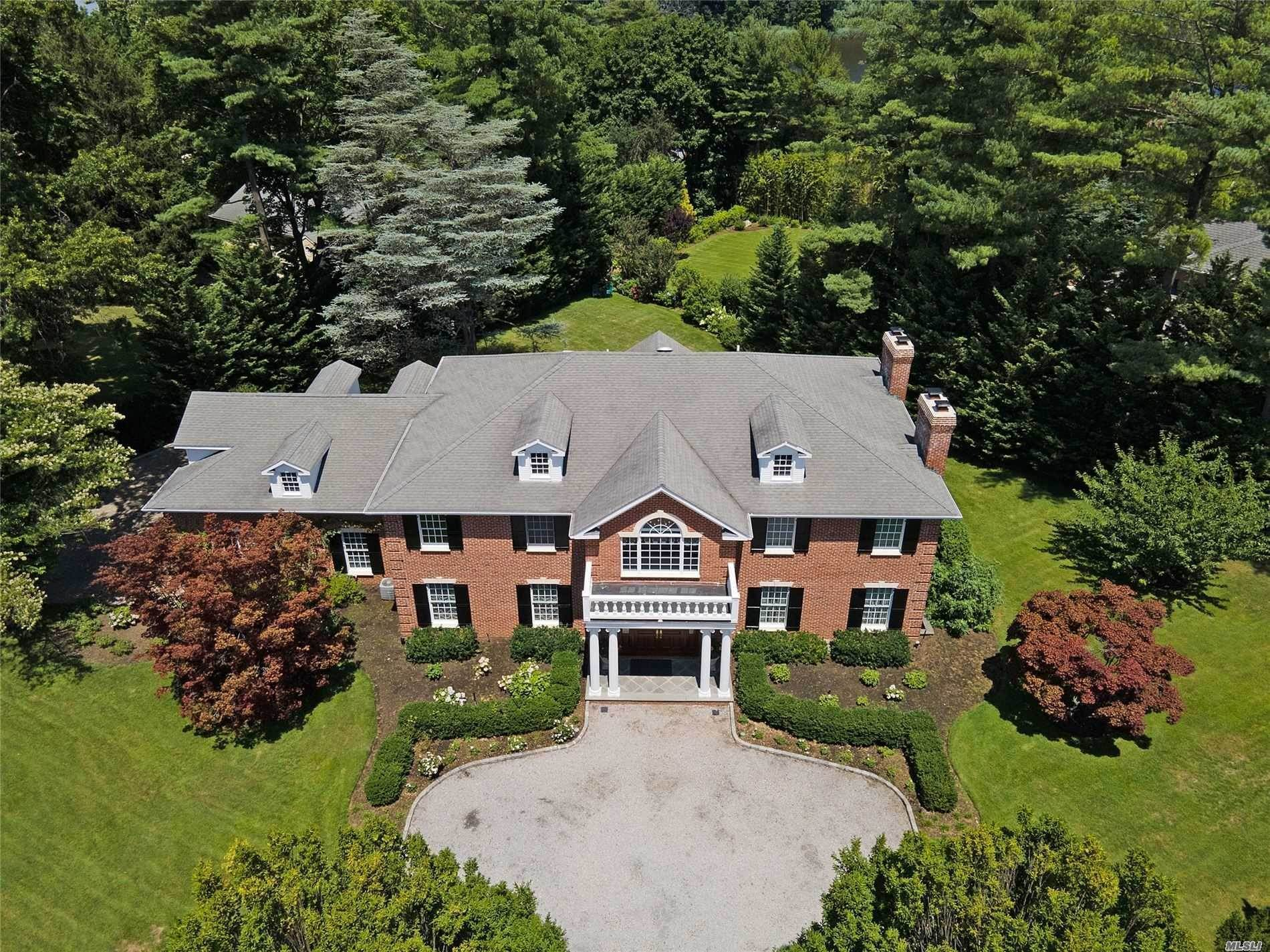 Residential for Sale at 161 Bayview Road, Manhasset, NY 11030 Manhasset, New York 11030 United States