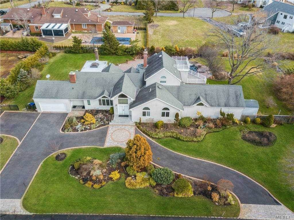 Residential for Sale at 180 Alden Road, Hewlett Neck, NY 11598 Hewlett Neck, New York 11598 United States