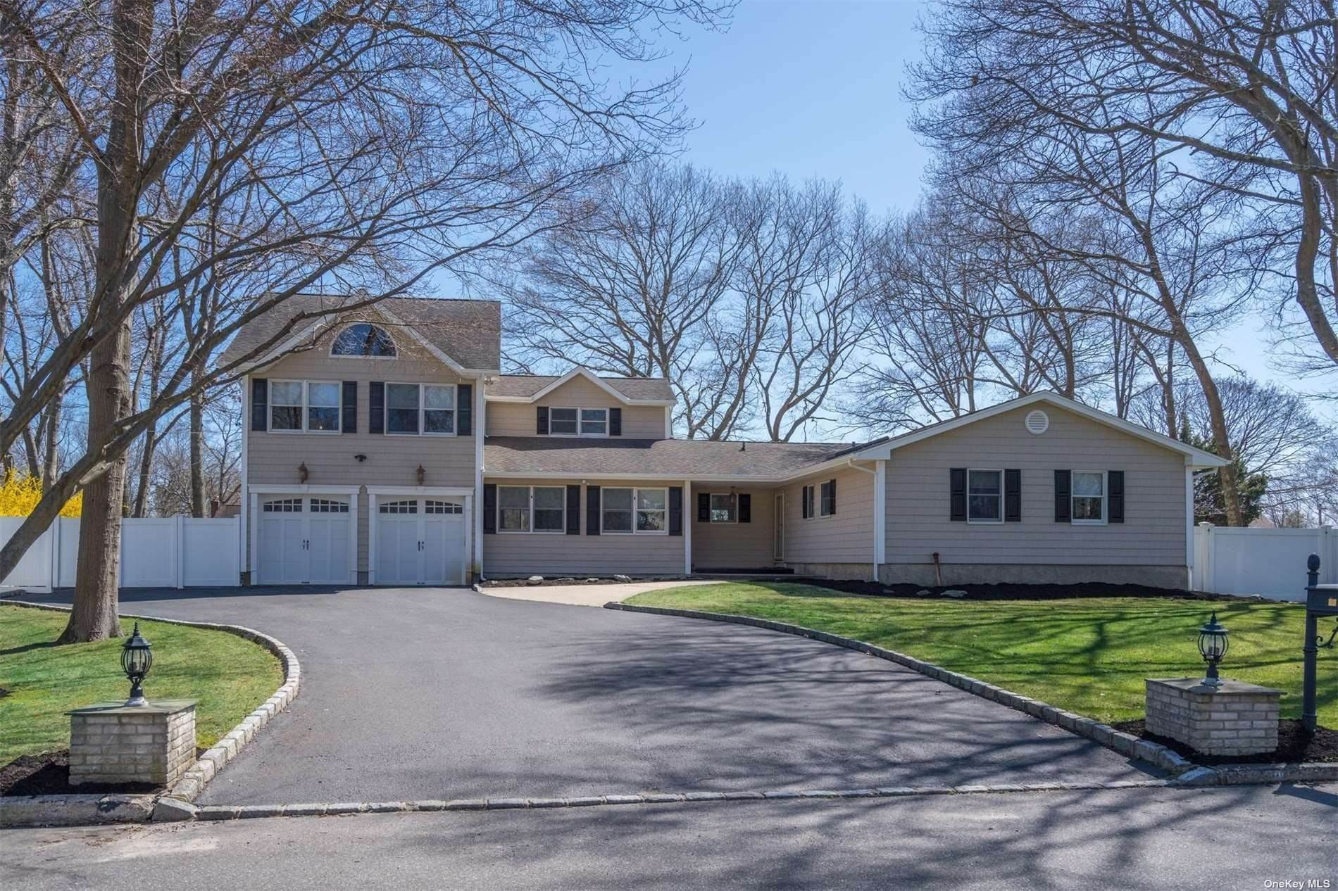 Residential for Sale at 20 Lambeth Street Holbrook, New York 11741 United States