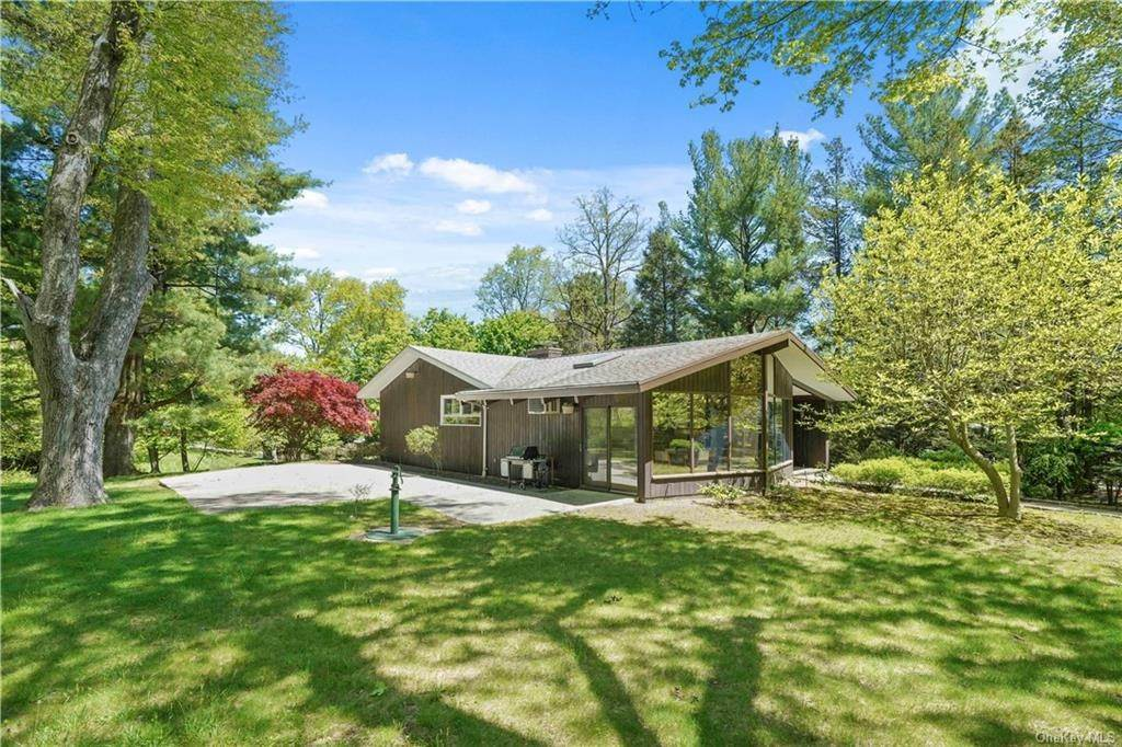 Residential for Sale at 130 Heatherdell Road Ardsley, New York 10502 United States