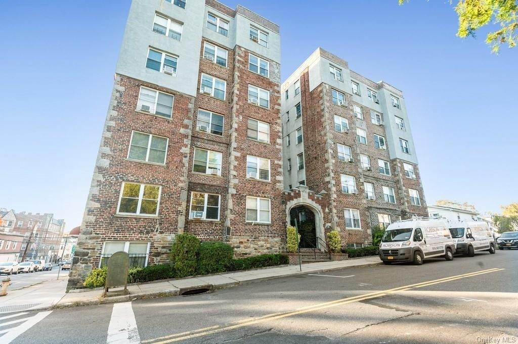 Residential Lease at 305 Sixth Avenue # 3H, Pelham, NY 10803 Pelham, New York 10803 United States