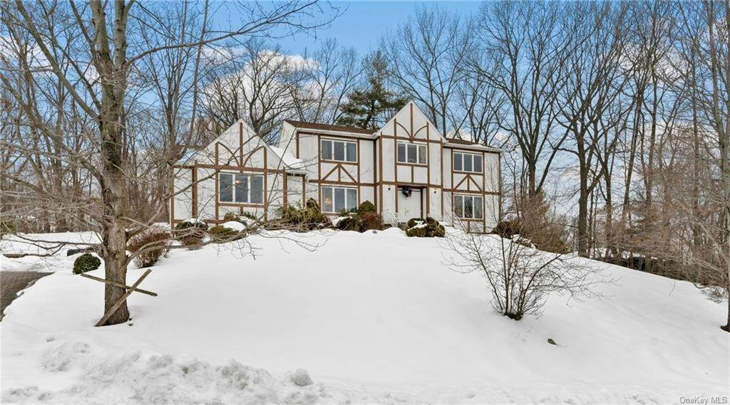 Residential for Sale at 20 Trailside Place New City, New York 10956 United States
