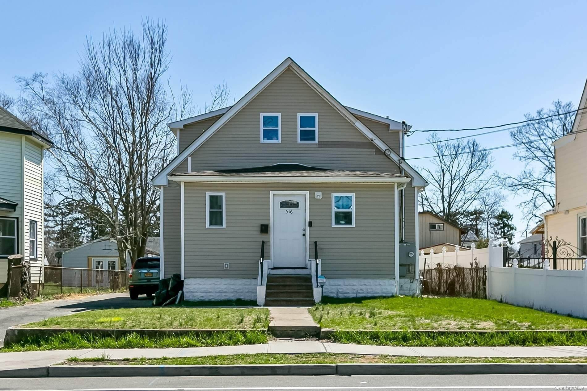 Residential Income for Sale at 516 Oak Street Copiague, New York 11726 United States