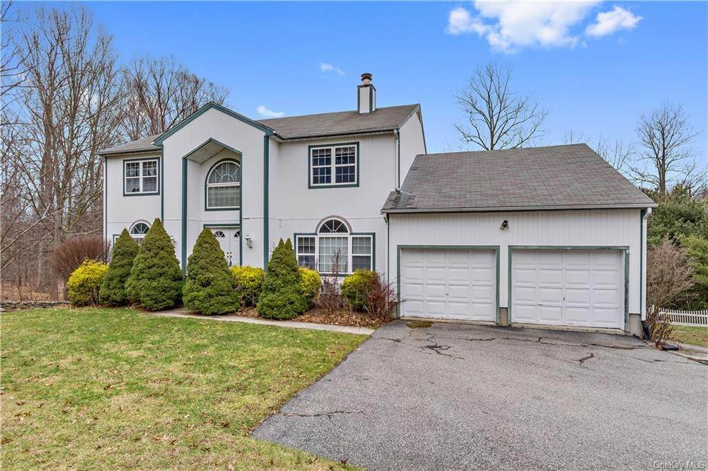 Residential for Sale at 3806 Cranberry Lane Shrub Oak, New York 10588 United States