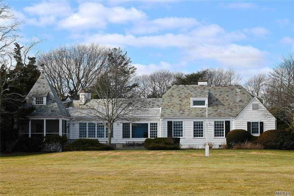 Residential for Sale at 21 Thornhedge Road, Bellport Village, NY 11713 Bellport, New York 11713 United States