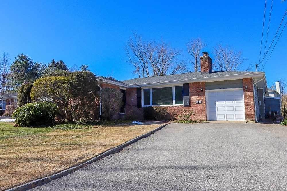 Residential for Sale at 31 Marion Street, Greenvale, NY 11548 Greenvale, New York 11548 United States