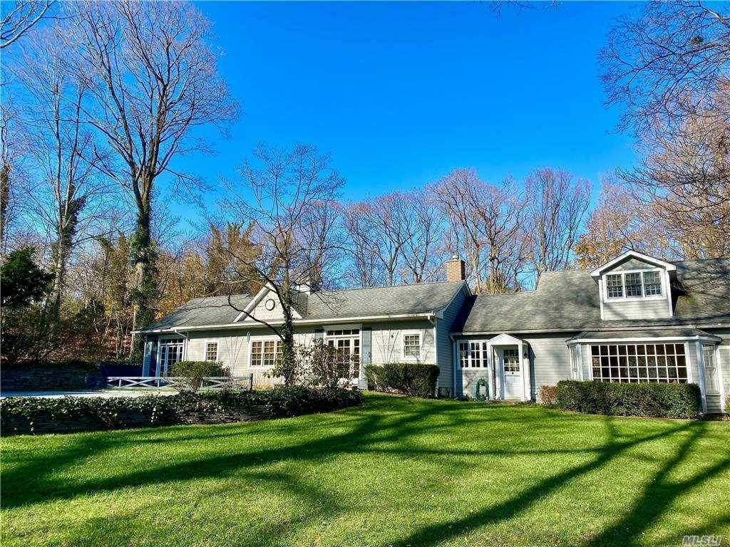 Residential for Sale at 571 Bayville Road Locust Valley, New York 11560 United States