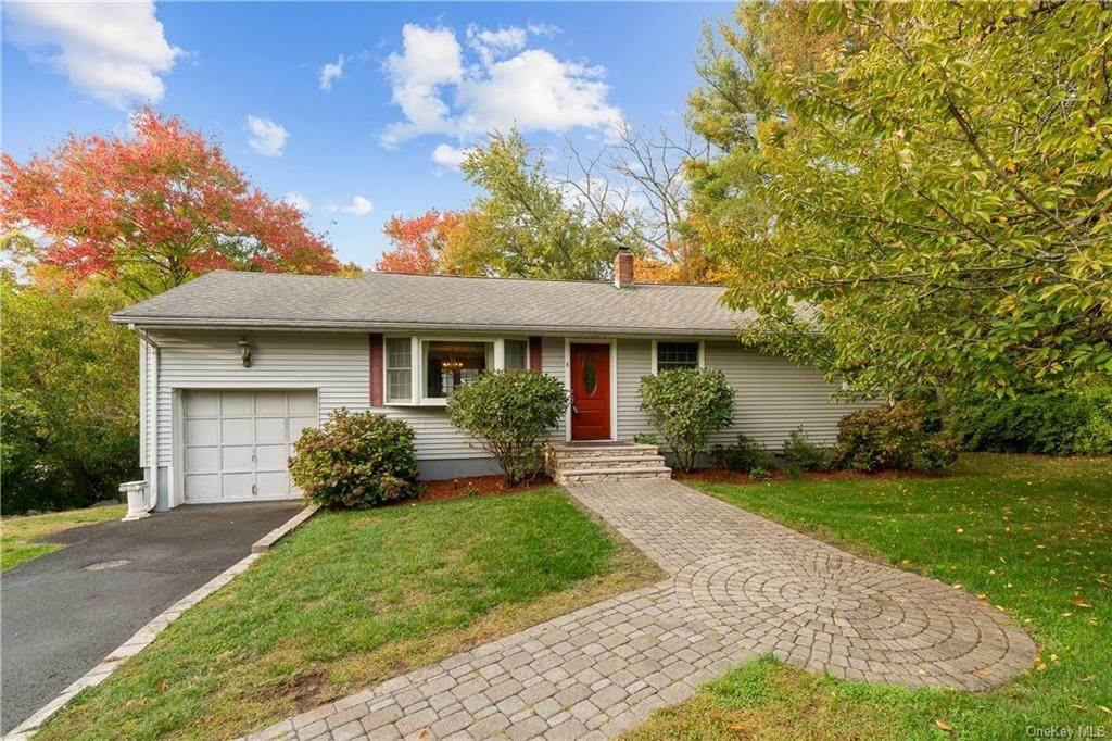 Residential for Sale at 4 Dakota Street, Orangetown, NY 10964 Palisades, New York 10964 United States