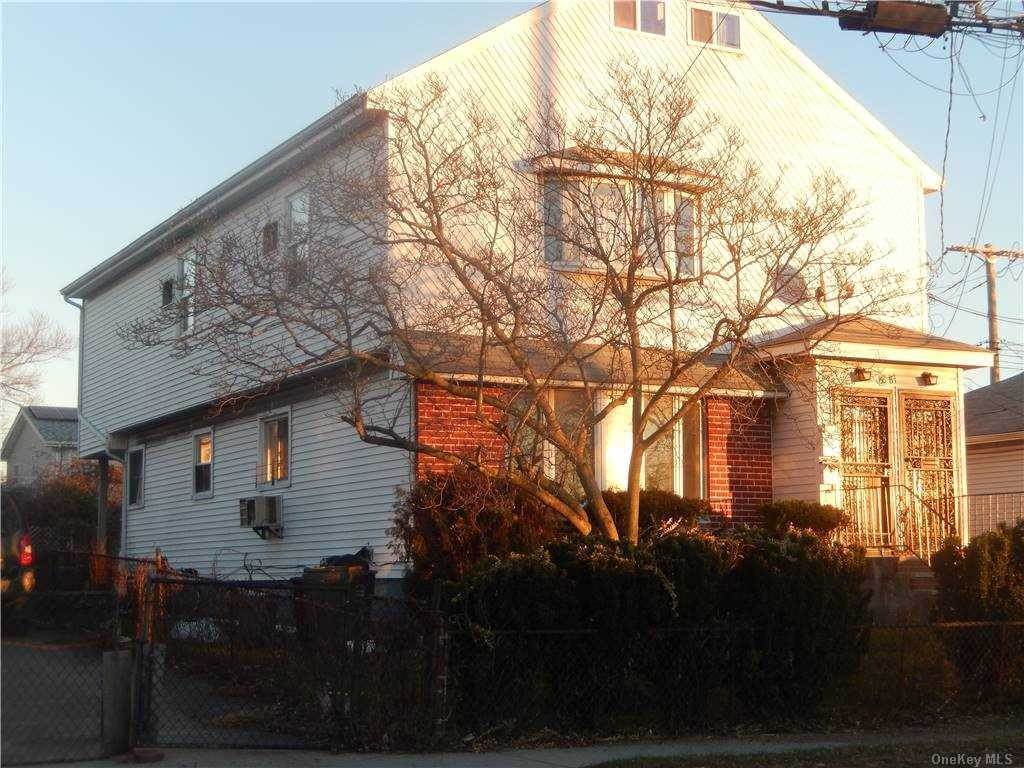 Residential Income for Sale at 148-81 Brookville Boulevard Rosedale, New York 11422 United States