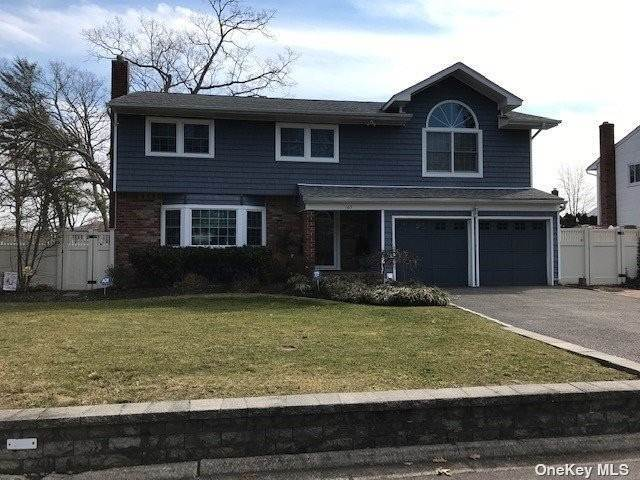 Residential for Sale at 165 Emerson Avenue North Babylon, New York 11703 United States