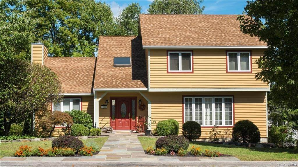 Residential for Sale at 1320 Sunny Ridge Road, Yorktown, NY 10547 Mohegan Lake, New York 10547 United States
