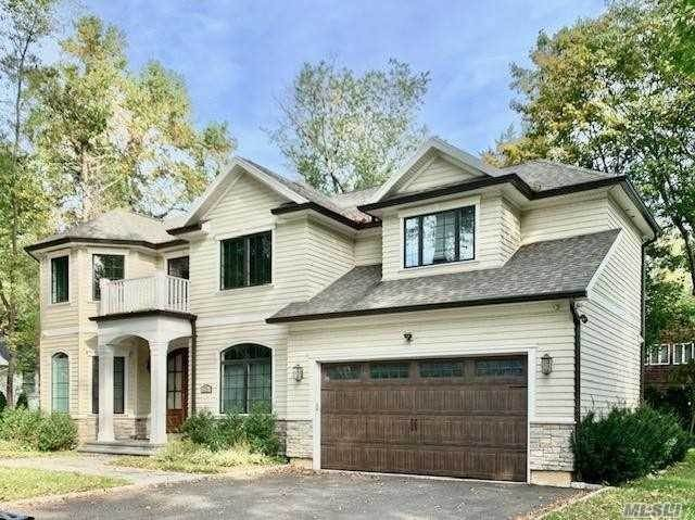Residential for Sale at 76 Millburn Lane East Hills, New York 11577 United States