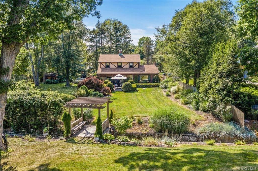 Residential for Sale at 16 W Lake Boulevard Mahopac, New York 10541 United States