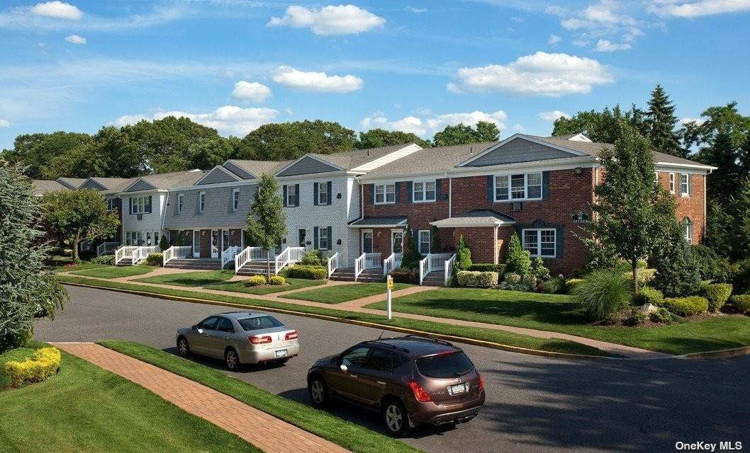 Residential Lease الساعة 95 Fairfield Way # PE13 Commack, New York 11725 United States