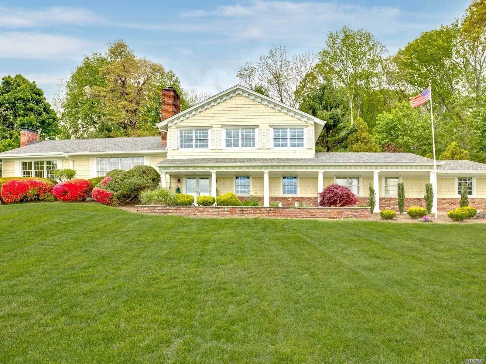 Residential for Sale at 85 Lloyd Harbor Road, Lloyd Neck, NY 11743 Lloyd Neck, New York 11743 United States