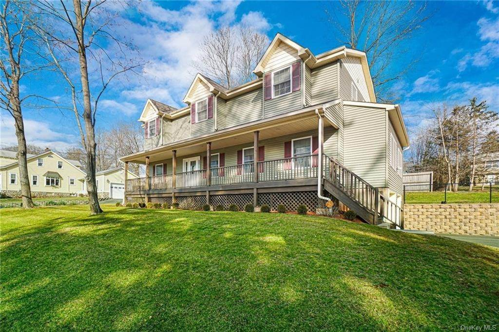 Residential for Sale at 68 Old Haverstraw Road, Clarkstown, NY 10920 Congers, New York 10920 United States
