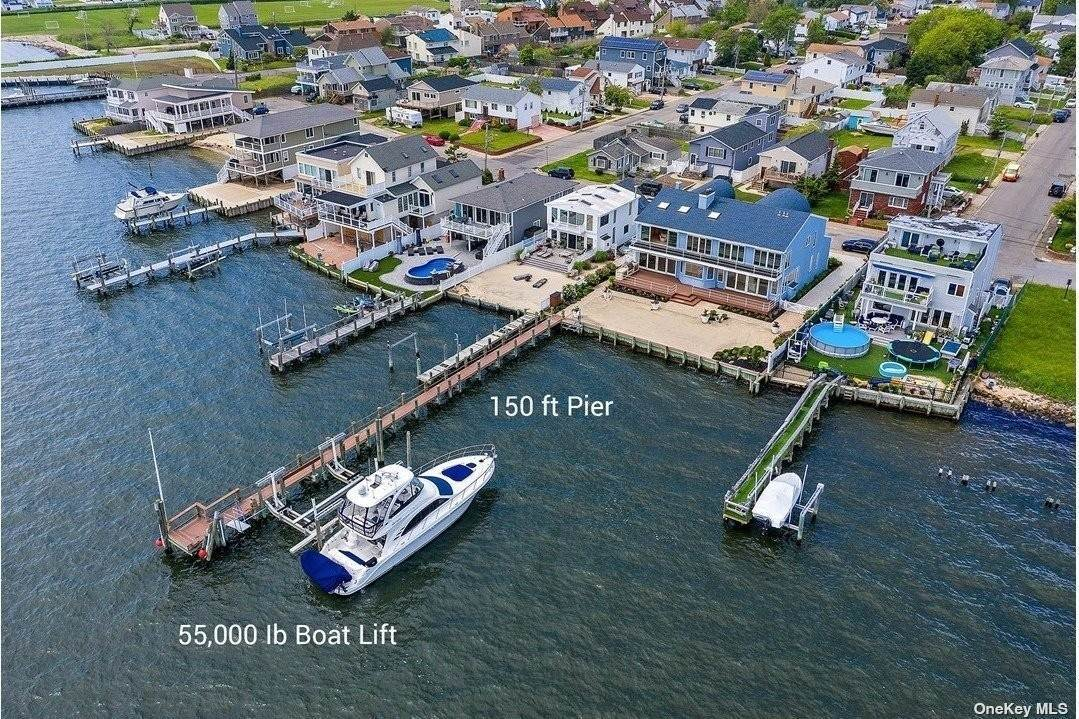 Residential for Sale at 65 Bayview Ave W Lindenhurst, New York 11757 United States
