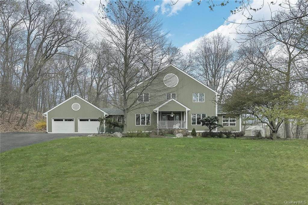 Residential for Sale at 48 Gate Schoolhouse Road New Hampton, New York 10958 United States