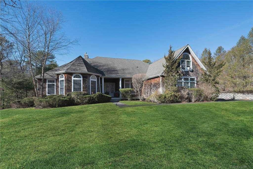 Residential Lease at 21 Corbett Drive, E. Quogue, NY 11942 East Quogue, New York 11942 United States