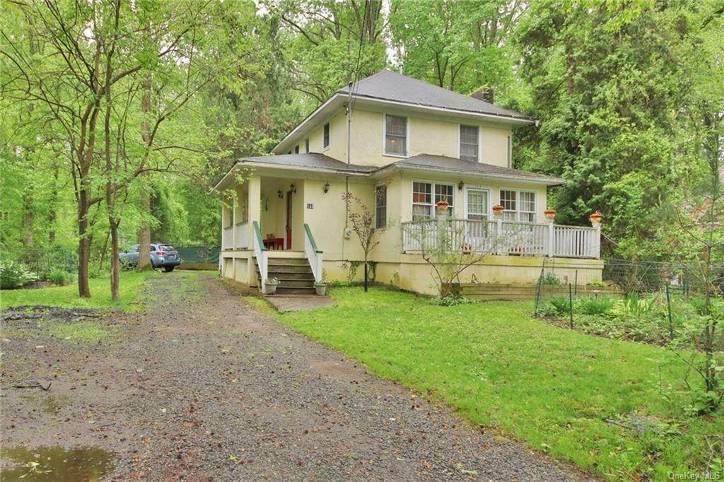 Residential for Sale at 143 Washington Spring Road Palisades, New York 10964 United States