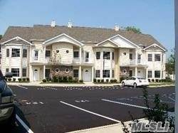 Arrendamiento Residencial en 73 Autumn Drive, Plainview, NY 11803 Plainview, Nueva York 11803 Estados Unidos