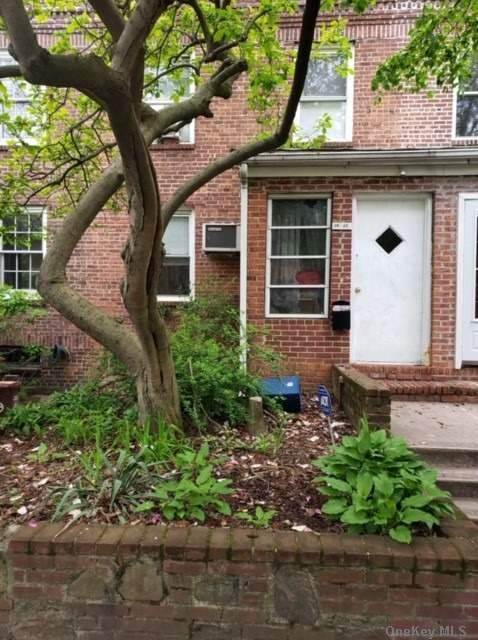 Residential for Sale at 39-12 47th Street Sunnyside, New York 11104 United States