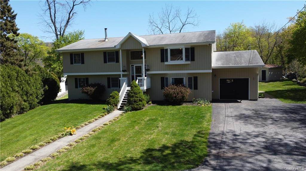 Residential for Sale at 15 Clinton Lane Highland Falls, New York 10928 United States
