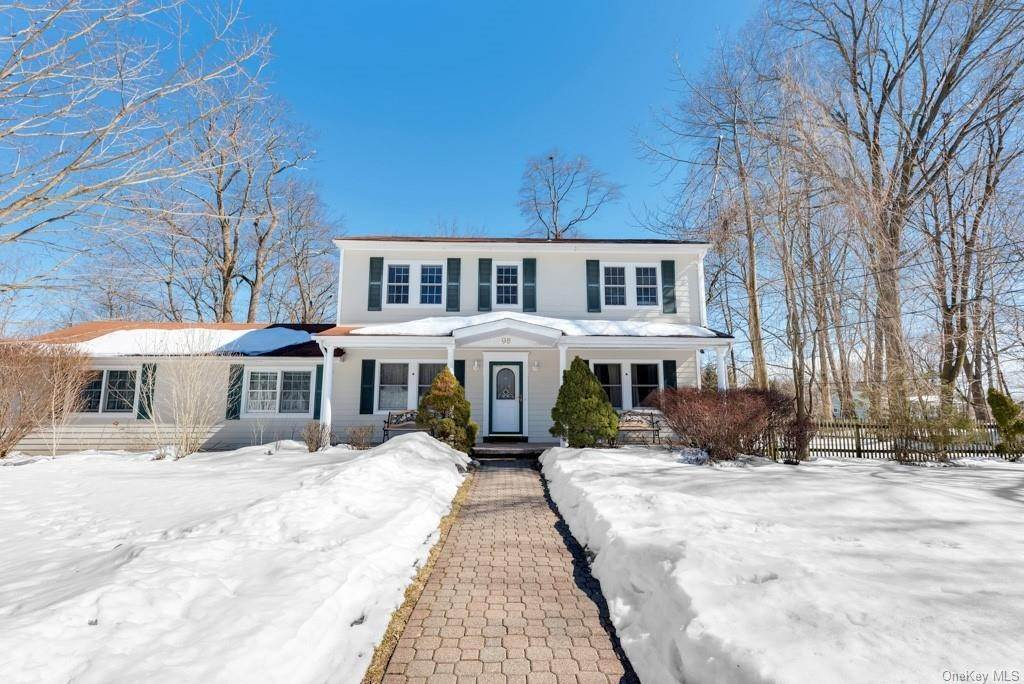 Residential for Sale at 98 Westminster Drive Pearl River, New York 10965 United States