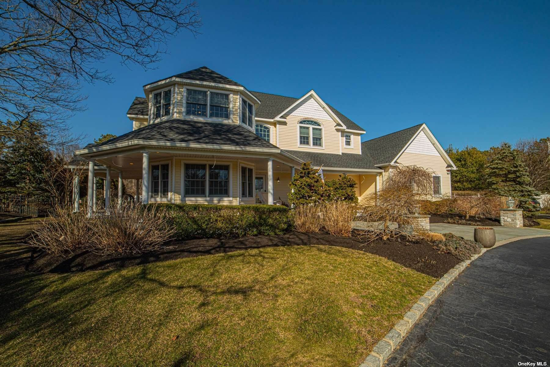 Residential for Sale at 15 Oakwood Road Bohemia, New York 11716 United States