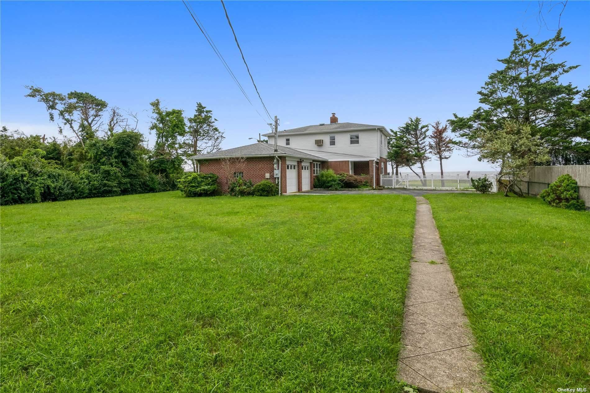 Residential for Sale at 2 Fenimore Road Bayport, New York 11705 United States