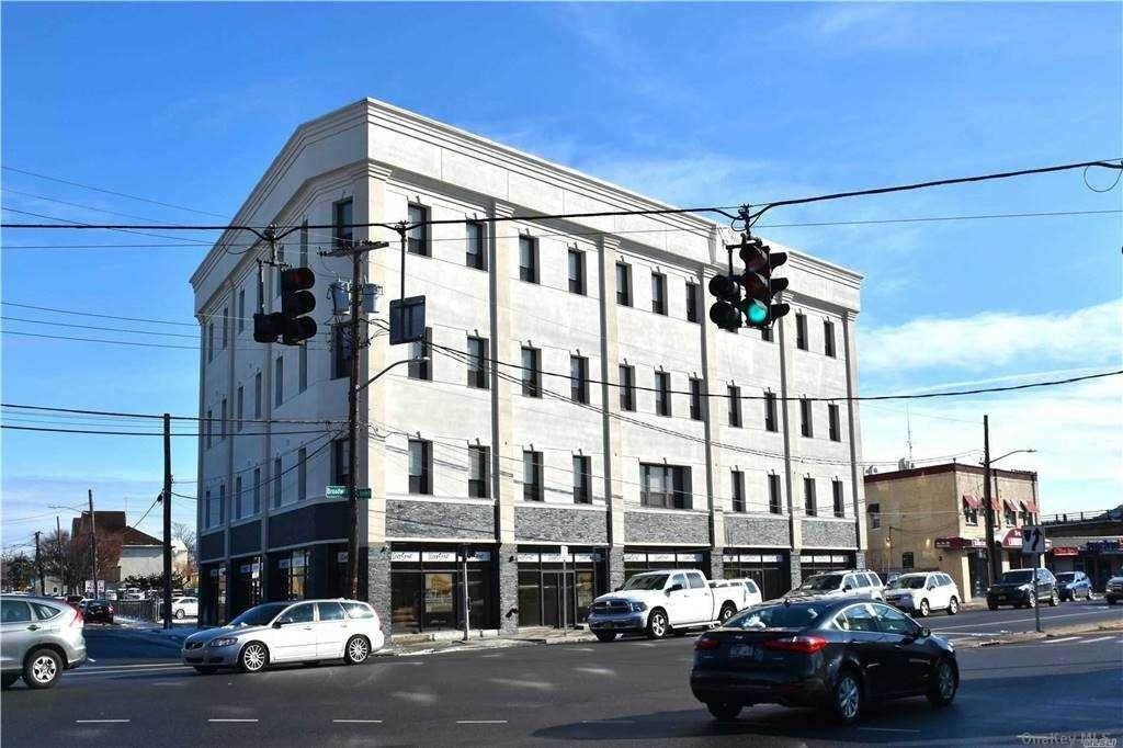 Residential Lease at 35 Broadway # 2C Hicksville, New York 11801 United States