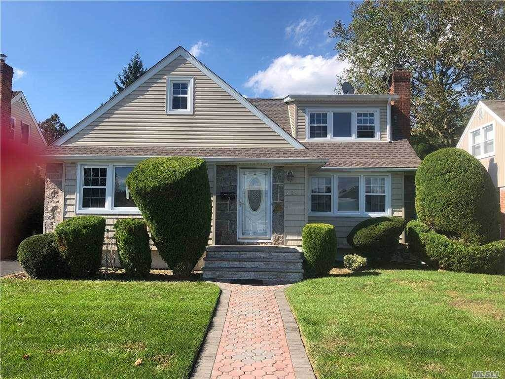 Residential for Sale at 721 Foch Boulevard, Williston Park, NY 11596 Williston Park, New York 11596 United States