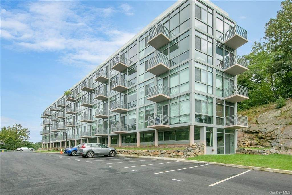 Residential Lease at 250 S Central Park Avenue # 2B, Greenburgh, NY 10530 Hartsdale, New York 10530 United States
