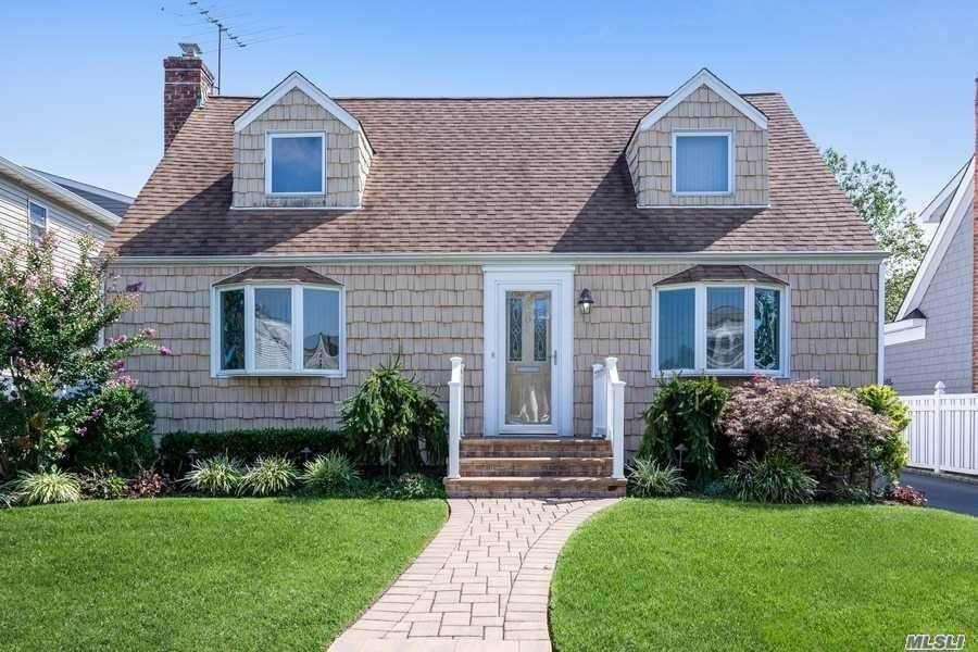 Residential for Sale at 206 Dorchester Road Garden City South, New York 11530 United States