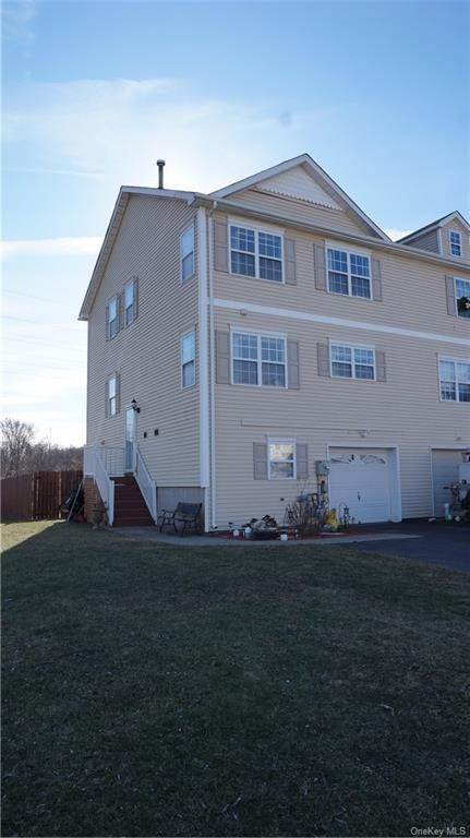 Residential Lease at 61 Peach Place, Middletown, NY 10940 Middletown, New York 10940 United States