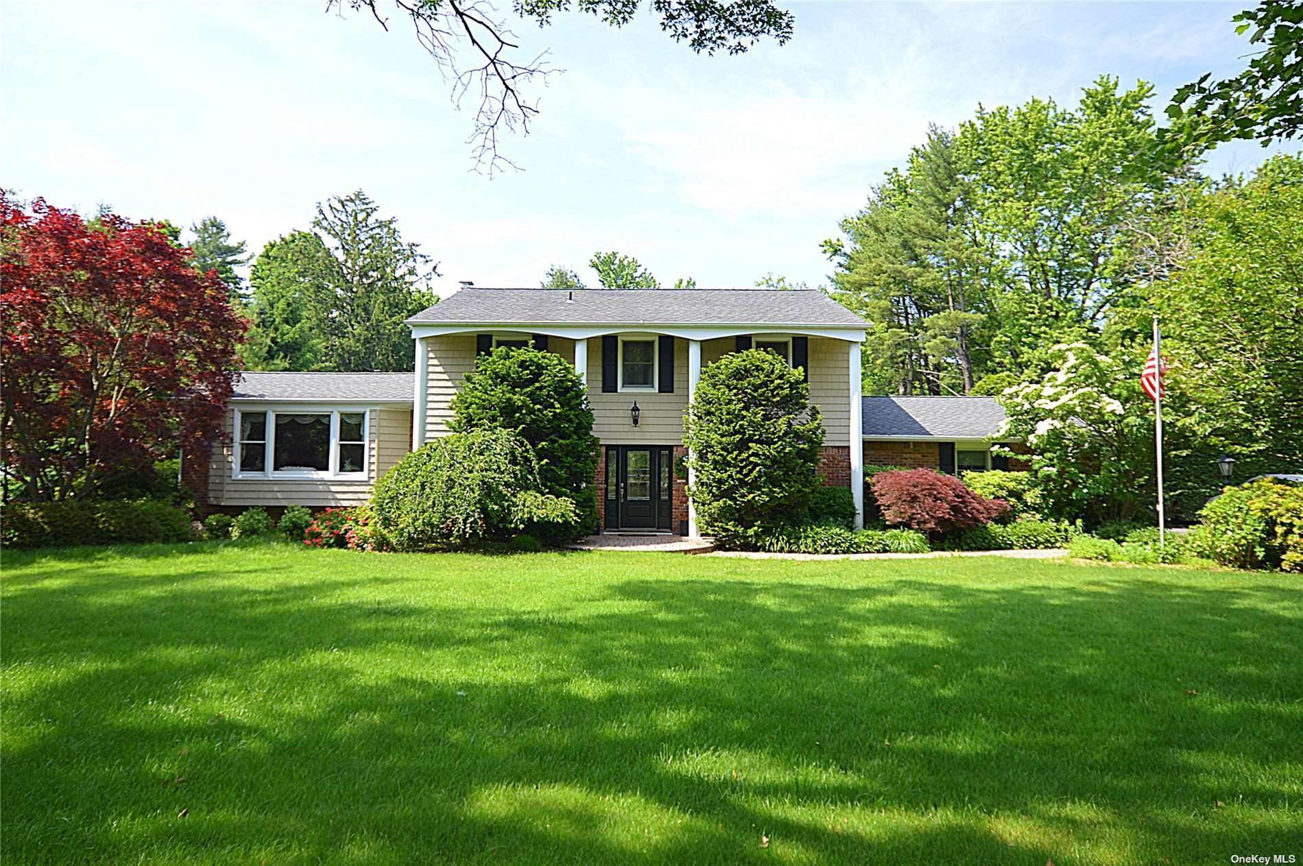 Residential for Sale at 87 Clay Pitts Road Greenlawn, New York 11740 United States