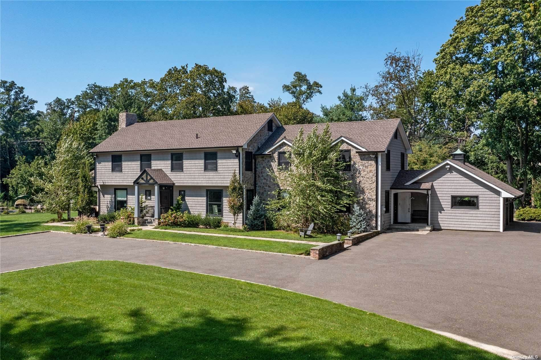 Residential for Sale at Pine Valley Road Upper Brookville, New York 11771 United States