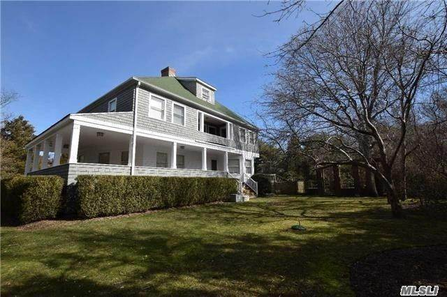Residential for Sale at 13 Oak Meadow Lane, Bellport Village, NY 11713 Bellport, New York 11713 United States