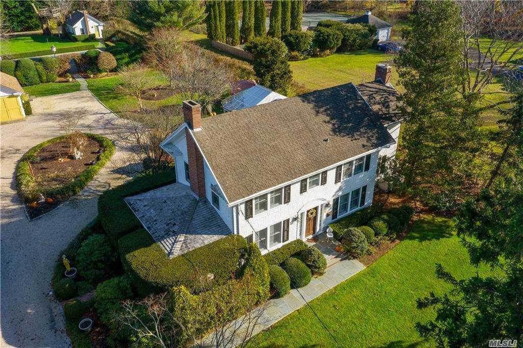 Residential for Sale at 13 S Howells Point Road Bellport, New York 11713 United States