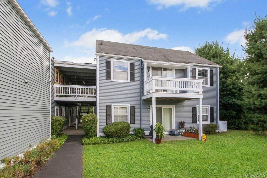 Residential Lease الساعة 202 Commons Way # F, Fishkill, NY 12524 Fishkill, New York 12524 United States