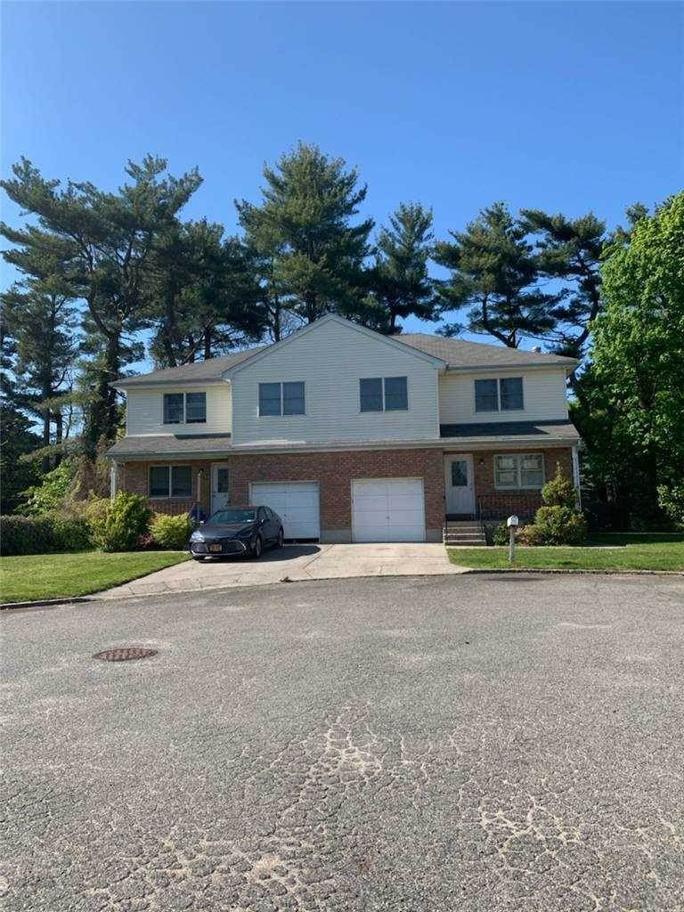 Residential Lease at 25 Dalex Court Glen Cove, New York 11542 United States
