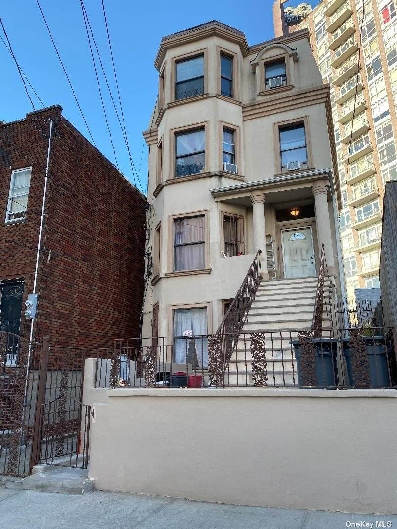 Residential Income for Sale at 11-27 31 Drive Astoria, New York 11106 United States