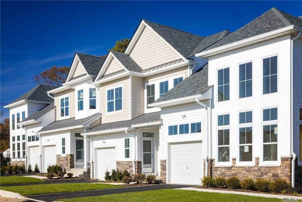 Residential for Sale at 1239 Old Nichols Road # 3 Islandia, New York 11749 United States