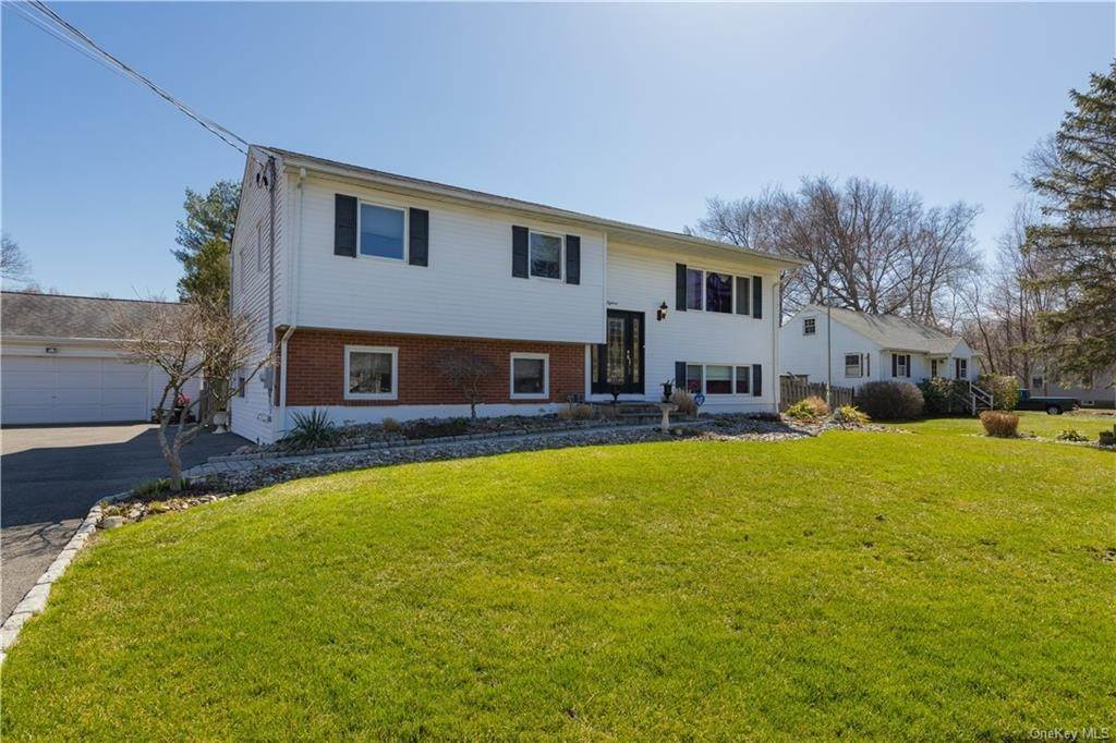 Residential for Sale at 18 Steep Hill Road, Clarkstown, NY 10954 Nanuet, New York 10954 United States