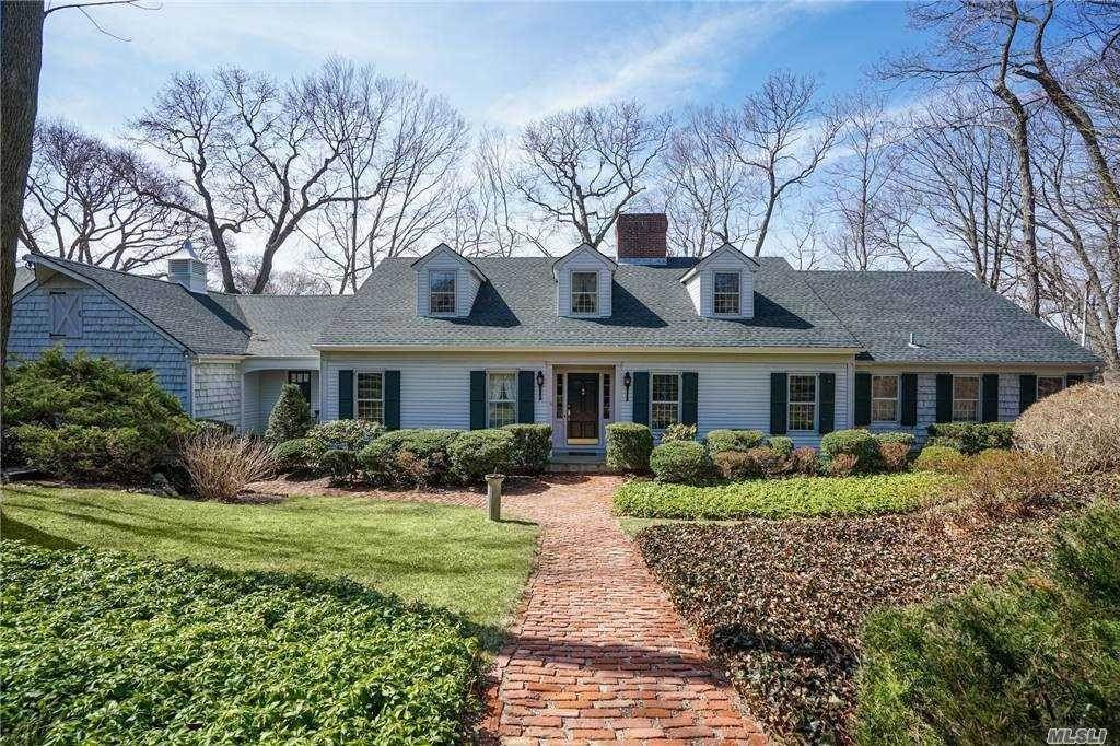 Residential for Sale at 24 Ivy Lane Setauket, New York 11733 United States