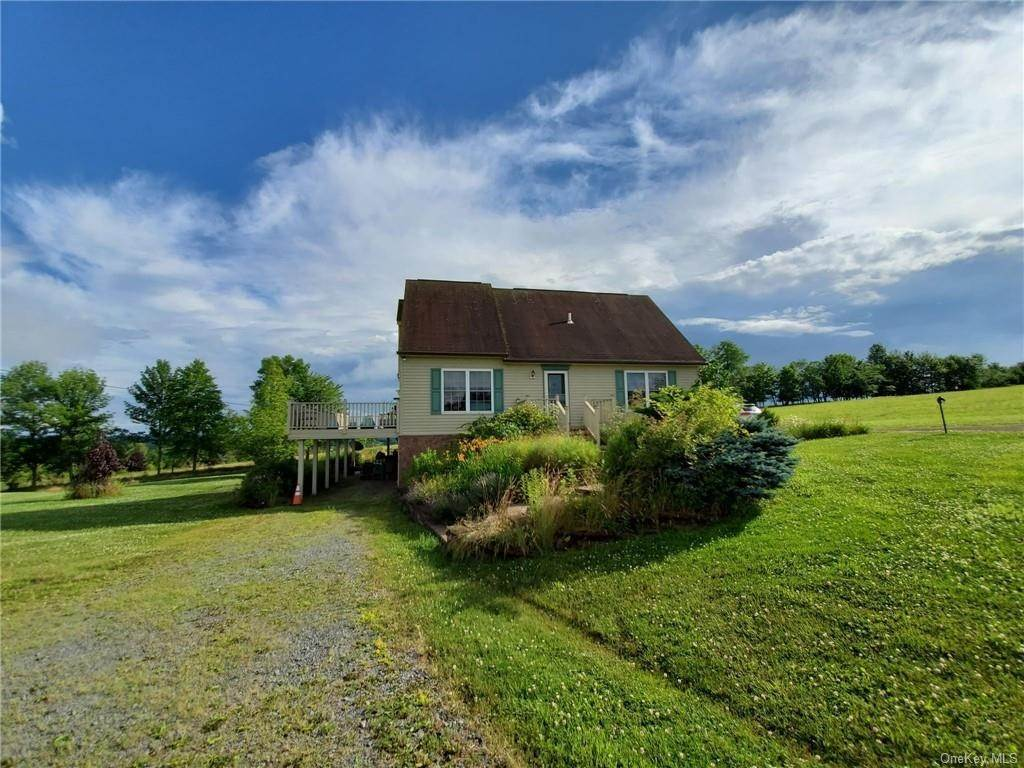 Residential for Sale at 195 Villa Roma Road Callicoon, New York 12723 United States